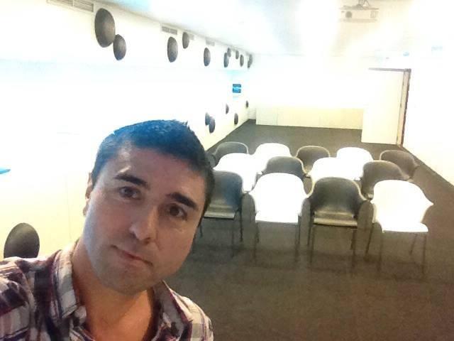 Previos a la sesión de Risoterapia para Empresas en Chueca